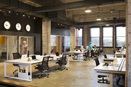 4 ejemplos de oficinas minimalistas ofisillas for Estilos de oficinas