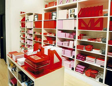 Oficina ordenada con el método Konmari