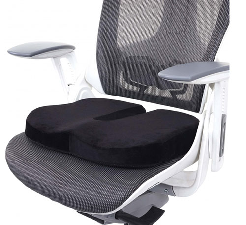 Cojín lumbar para silla de oficina ¿Merece la pena?